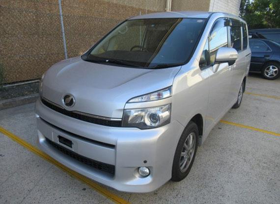 2010 Toyota Voxy Welcab