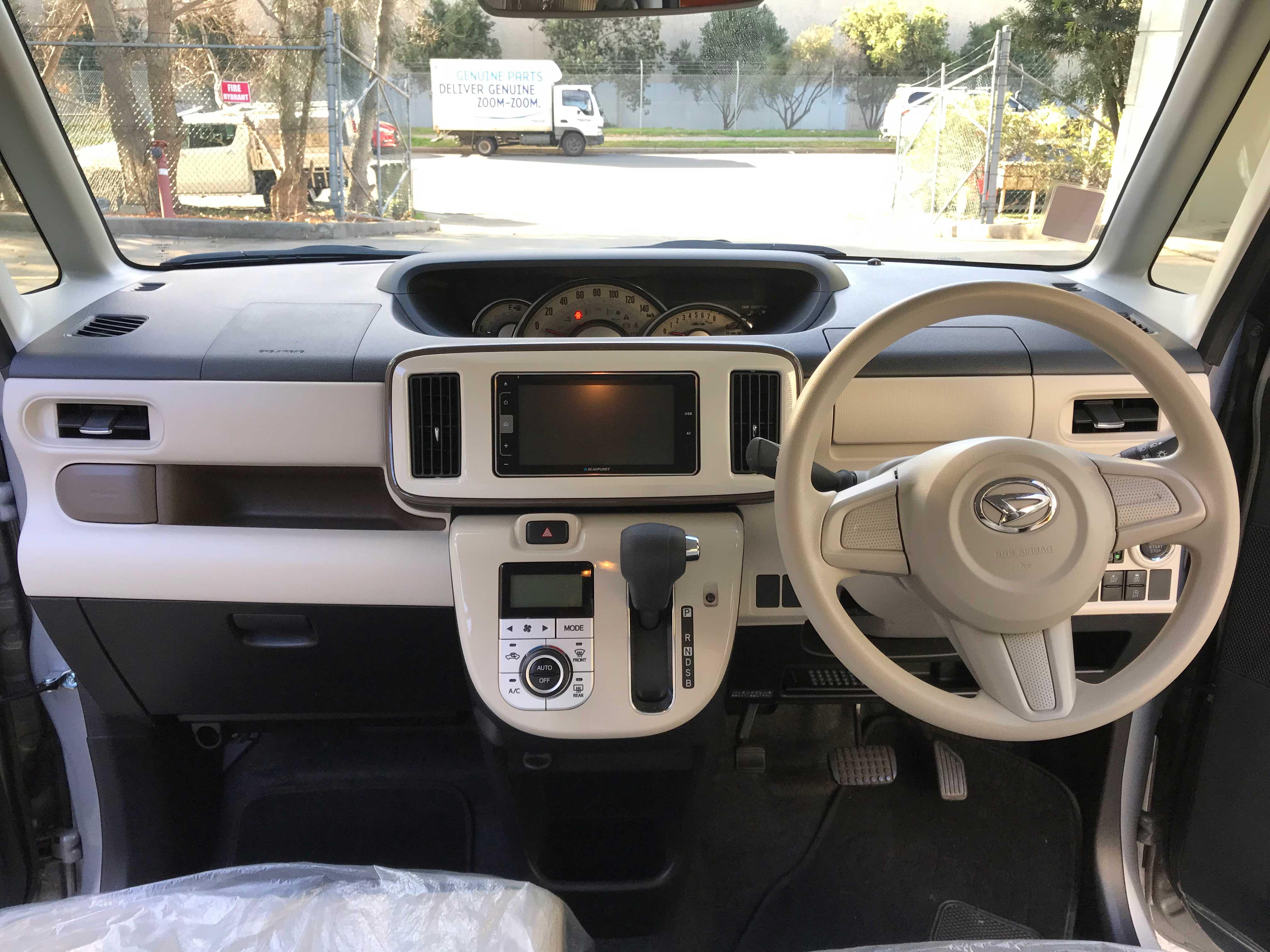 LA15 Mar 2017 Daihatsu MoveCanbus Gmakeup SA2